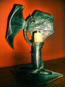 świecznik kuty smok design metaloplastyka kowalstwo