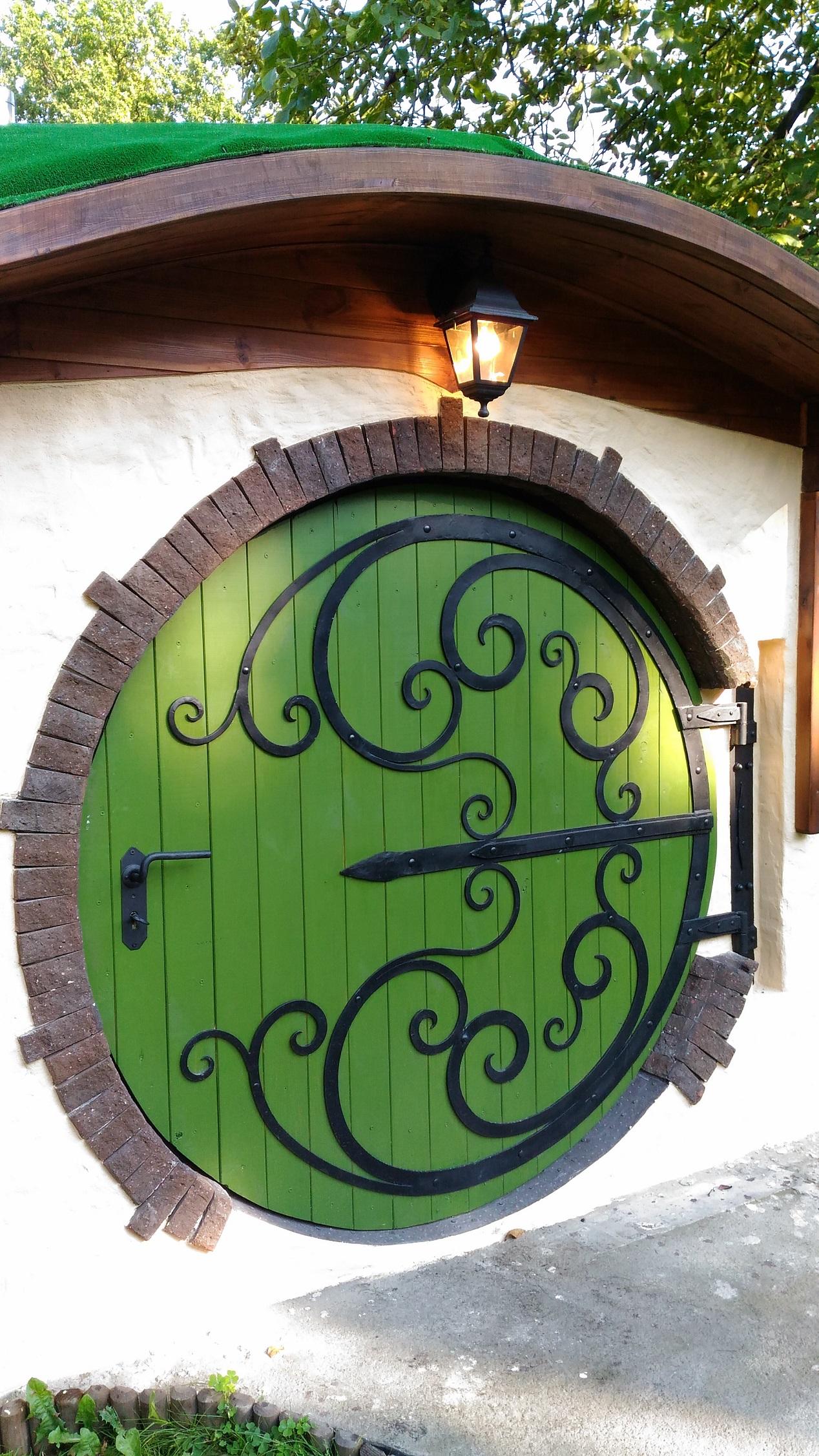kute ogrodzenia ozdobne bramy balustrady metaloplastyka kowalstwo