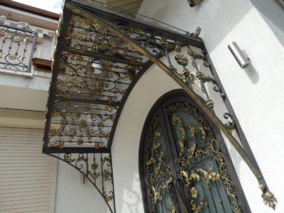Zadaszenie drzwi 4
