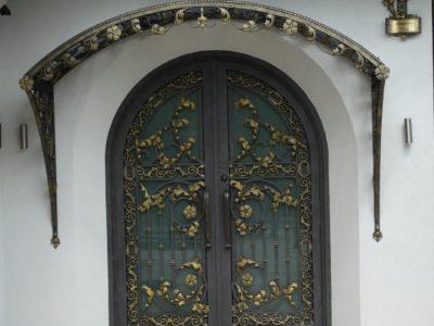 Zadaszenie drzwi 5
